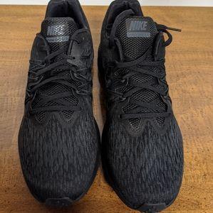 Nike Zoom Winflo 5 Mens Running